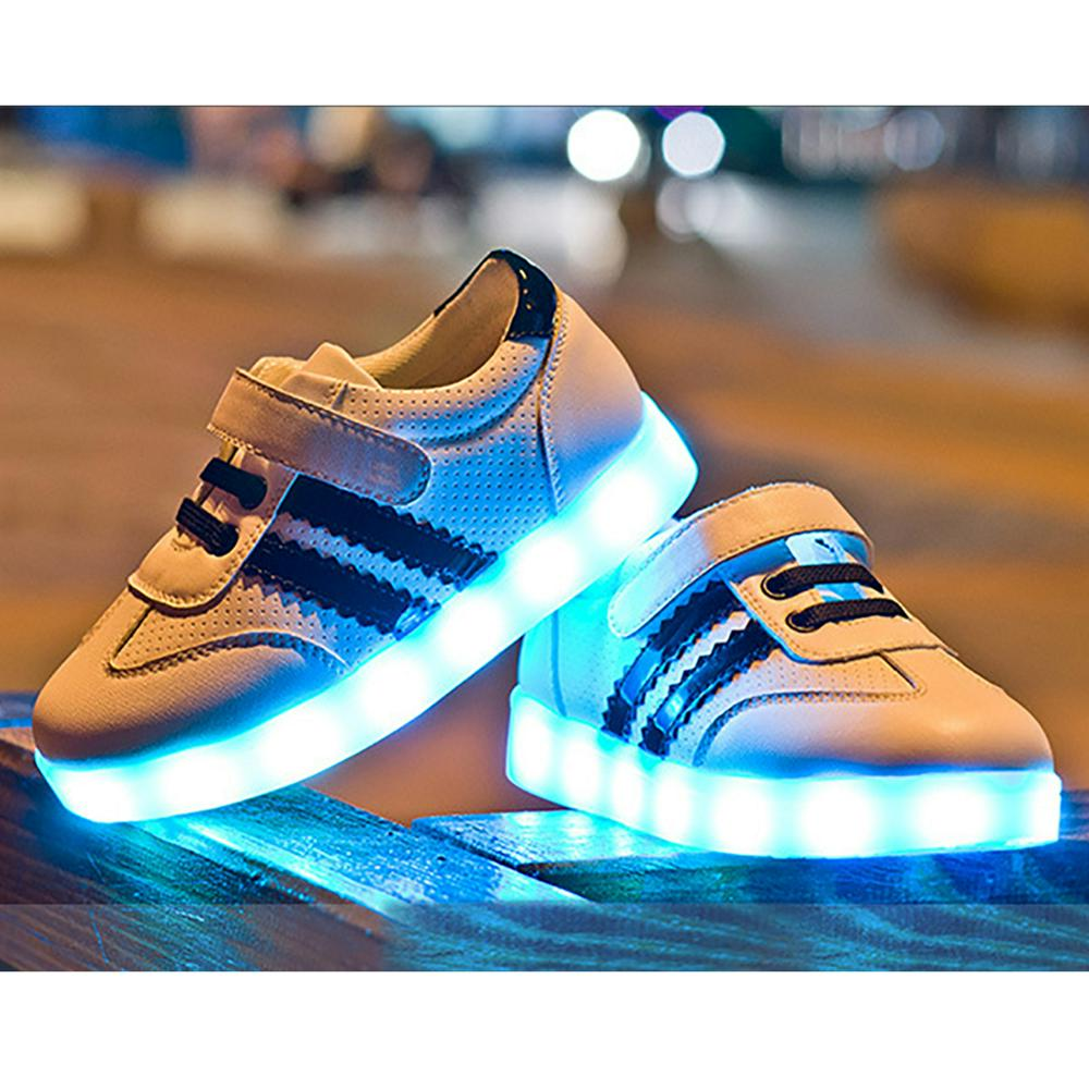kinder led schuhe licht leuchtend sneaker blinkschuhe farbwechsel shoes fit xmas ebay. Black Bedroom Furniture Sets. Home Design Ideas
